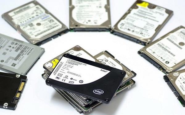 chon mua may tinh choi game SSD