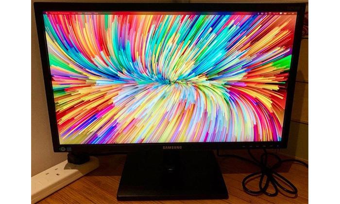 màn hình máy tính samsung cũ